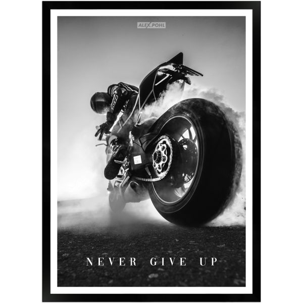 Never give up by Alex Pohl | Poster mit Holzrahmen 50x70 cm